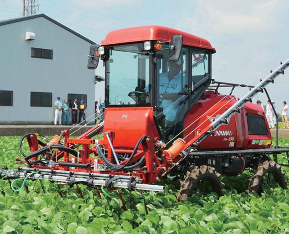 【大豆300AレポートNo.9(前編)】収量向上のため、除草剤散布の実証を実施!