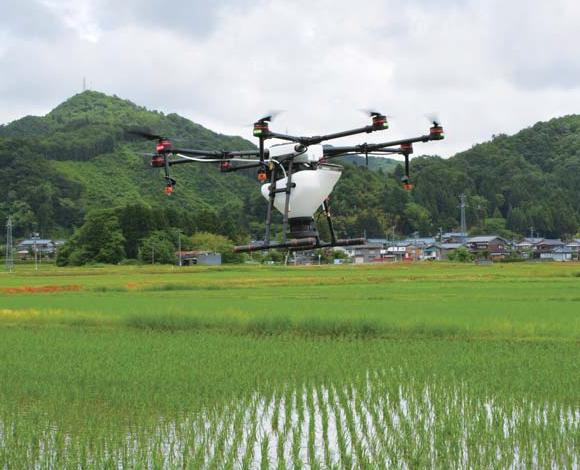 クボタ農業用ドローン×中山間地域の効率的防除