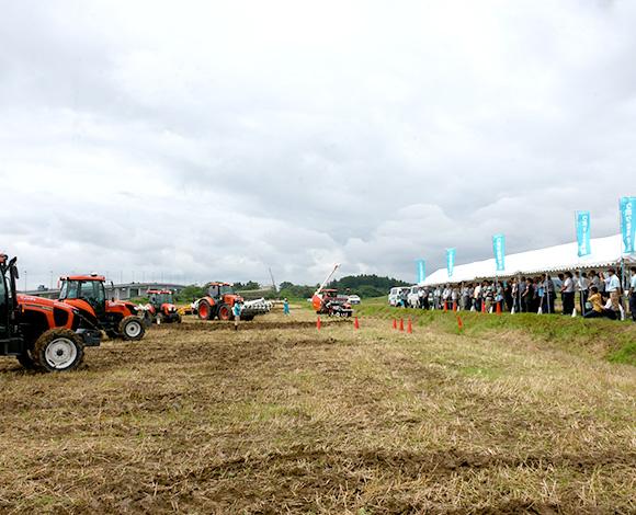 【クボタ ソリューションレポート No.40】稲作経営の未来を拓く「スマート農業技術」に熱い視線 全国稲作経営者現地研究会inいわて 開催